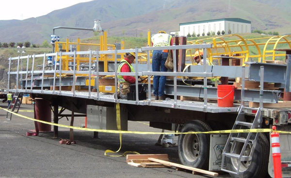 Flatbed Access Platform Mounted to Truck Trailer